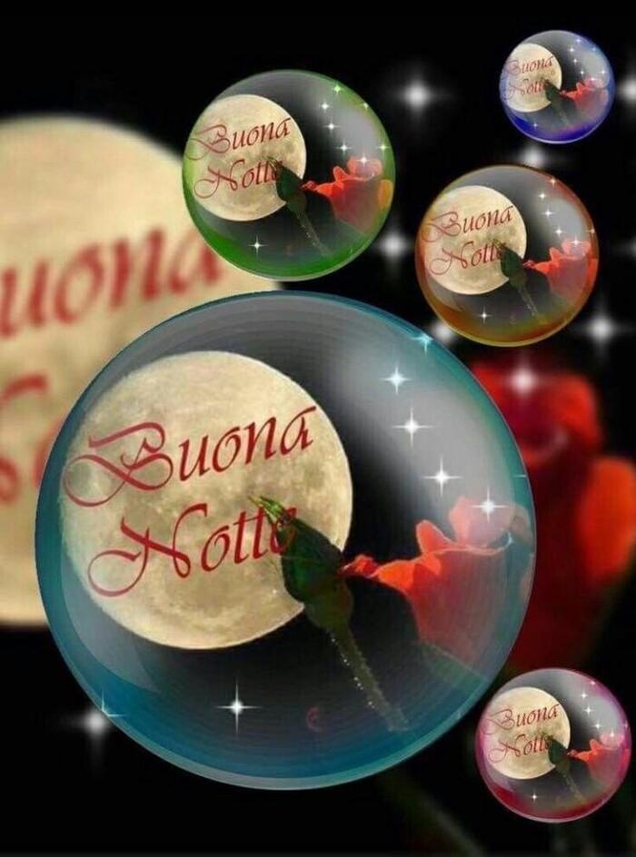 Buonanotte con le palline di Natale